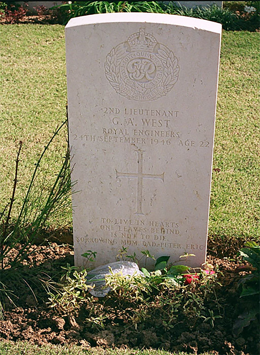 2nd Lt Geoffrey West's grave in 2007